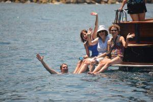 Excursion with private boat to Capri
