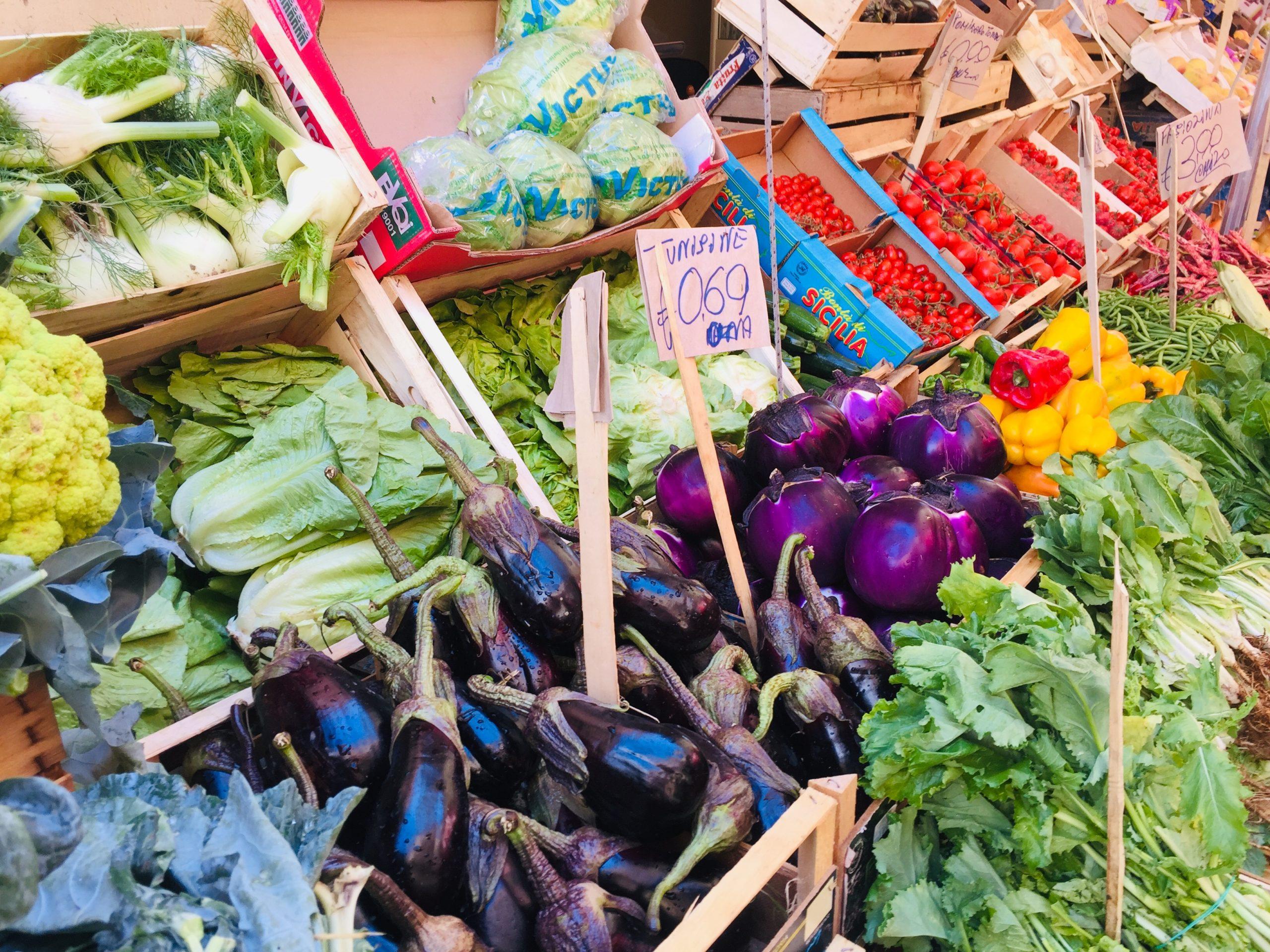 Food market tour italy