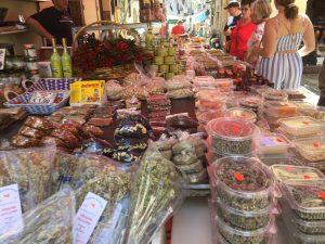Food tour catania in market